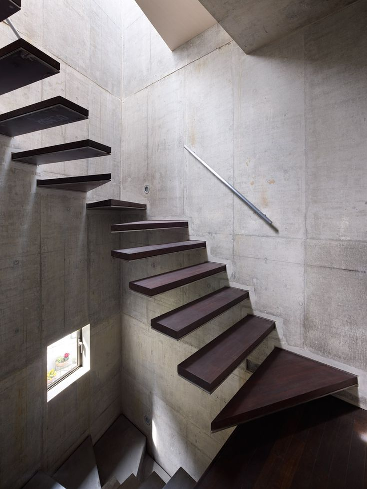 Intentionallies: Shelton's House, staircase love.Inspiration, Stairs, Interiors, Shelton House, Japan House, Architecture Design, Stairways, Floating Staircases, Heavens