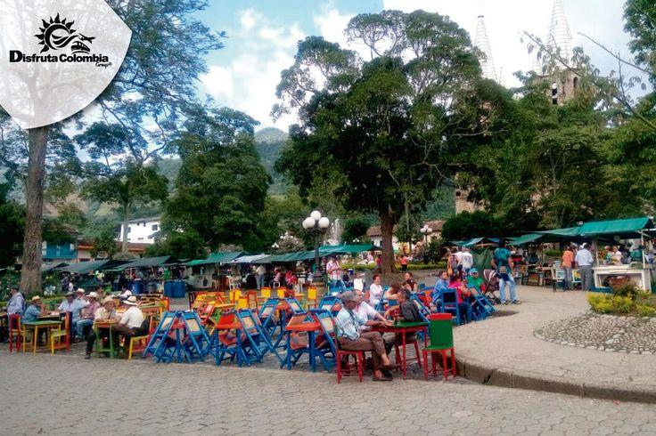 #preparatumaleta y vámonos a puebliar con #disfrutacolombia Comparte los mejores lugares de nuestra tierra con tu familia #vamonospues