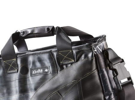 A different point of view. Ipso by Kheper Bag €150  http://kheperbags.it/en/1021/Ipso.htm