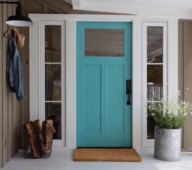 Feng Shui Tips for A Strong Front Door: A front door that opens widely without squeaking, a front door that has good looking door hardware and paint. No odd looking, unused nails around the door frame, no rusty doorknobs, no worn out Christmas wreaths in June... you get the idea. Show consistent loving to your front door and it will help you attract the same quality of energy into your home.
