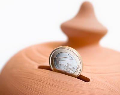 Risparmiare in casa sulle spese di tutti i giorni L'articolo di oggi è utile a tutti! spiegheremo alcuni metodi per risparmiare in casa sugli acquisti quotidiani . Se aveste suggerimenti condivideteli...
