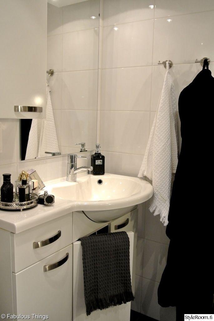 kylpyhuone,kylpyhuoneen sisustus,pyyhekoukut
