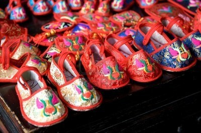 Colorful Chinese baby-shoes