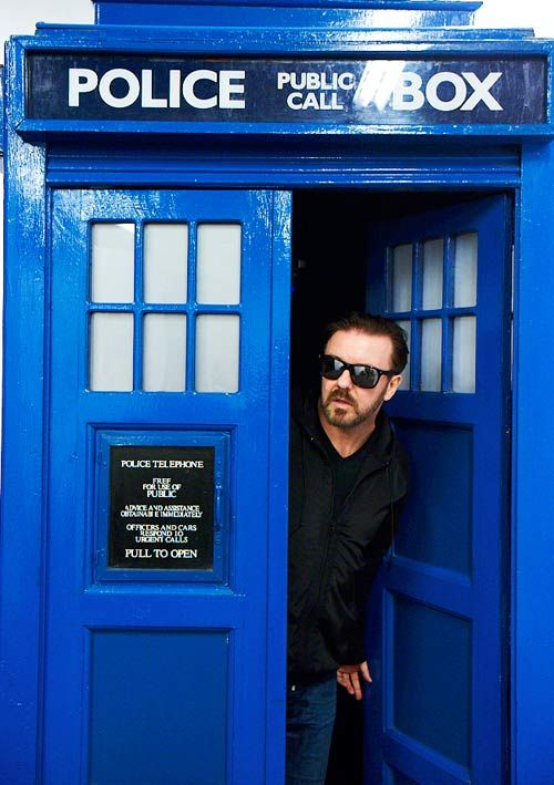 Ricky Gervais steals the TARDIS