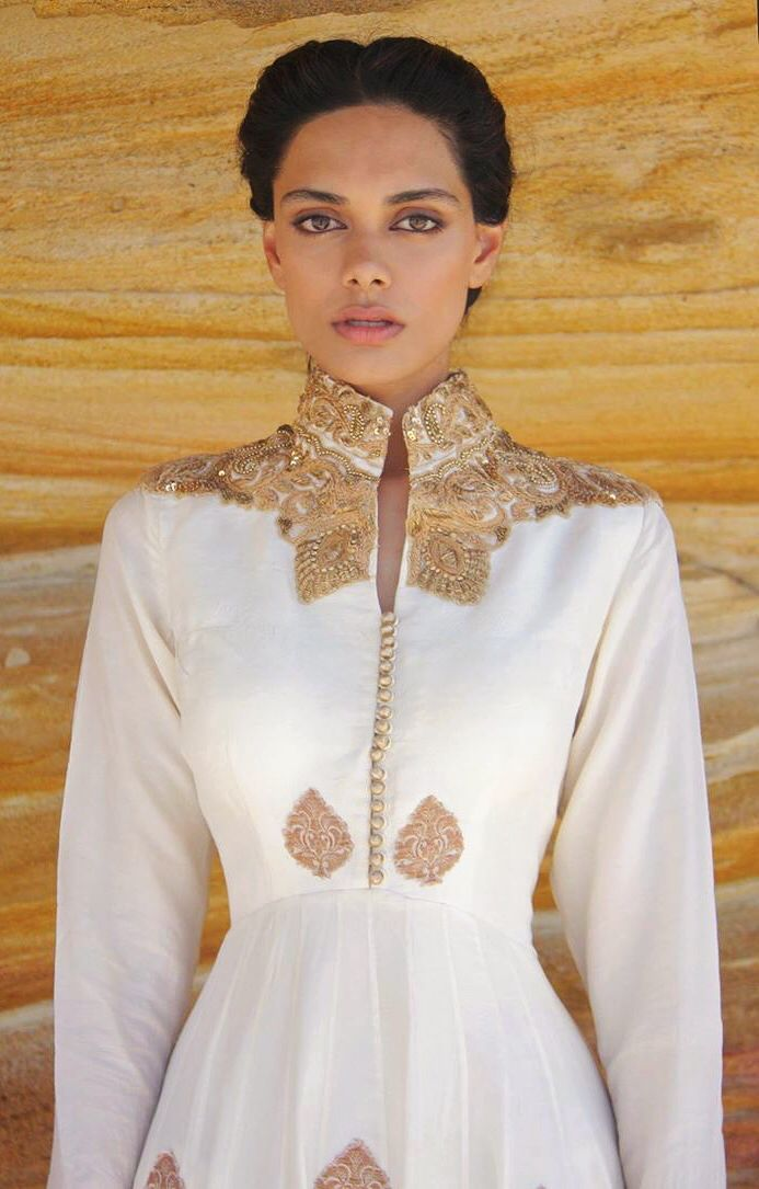 Model Zinnia wears a ZAFFRAN Anarkali ensemble. Contact ife.deepak@gmail.com for details.
