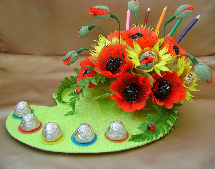 Цветы, конфетный букет на день учителя