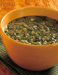 PAPAROT (Friuli Venezia Giulia): a soup made with spinach and corn flour