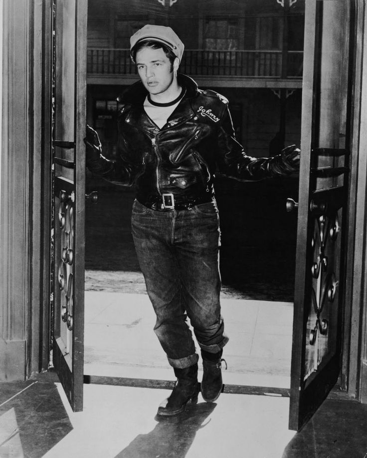 Brando_Marlon as The Wild One (1953) // Schott Perfecto, Levis 501, Red Wing Boots Engineer