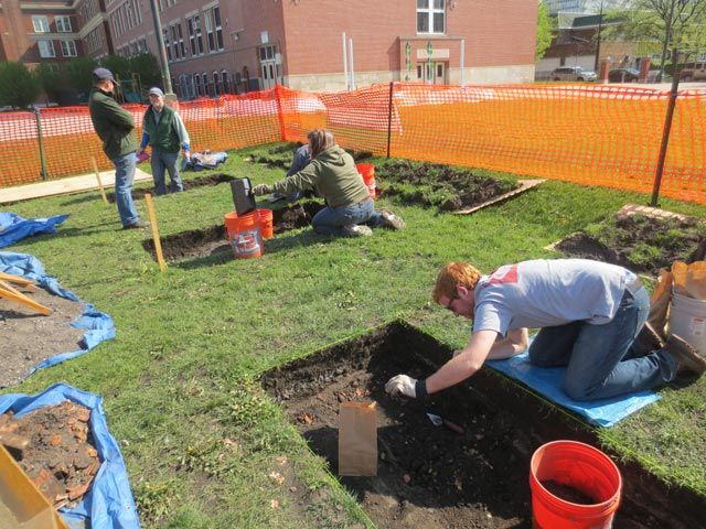 Archaeologists Dig Into Chicago's Grisliest History In Douglas Neighborhood
