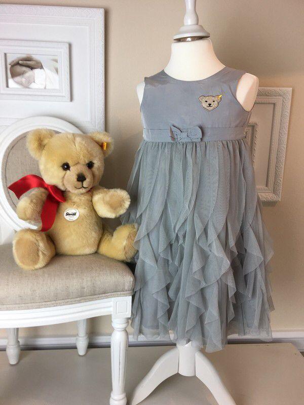Mein Steiff Girly Chiffon Kleid Gr.3 Jahre / 98 cm von Steiff! Größe 98 für 40,00 €. Schau´s dir an: http://www.mamikreisel.de/kleidung-fur-madchen/lange-kleider/44274858-steiff-girly-chiffon-kleid-gr3-jahre-98-cm.