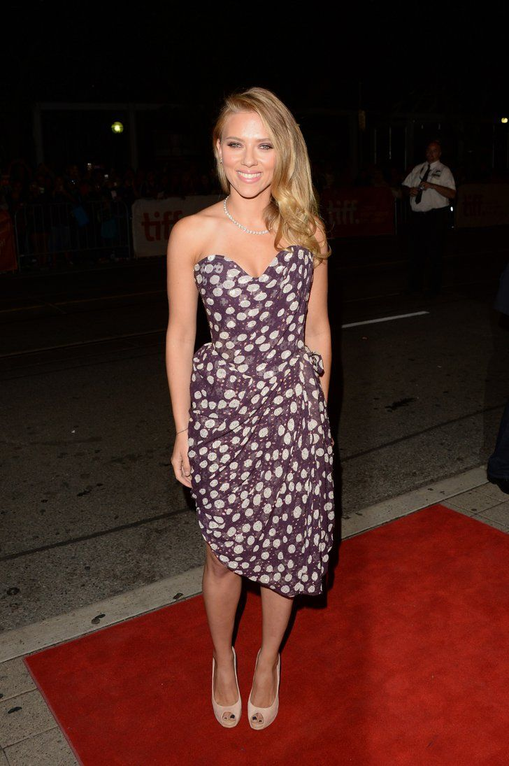 Pin for Later: Scarlett Johansson Might Just Be the World's Hottest Mom Scarlett Johansson at the Toronto Film Festival, 2013 To premiere Under The Skin in Canada, she went for a retro vibe again, picking a beautifully constructed strapless dress in old school polka dots.