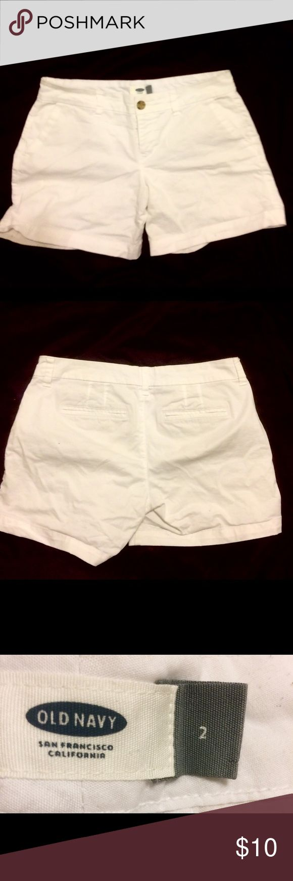 Cute Old Navy White Jean Shorts Cute White Old Navy Jean Shorts. No stains and in great condition. Size 2 but fits more like a 4/6, check company websiteThink Spring! 😊 Old Navy Shorts Jean Shorts