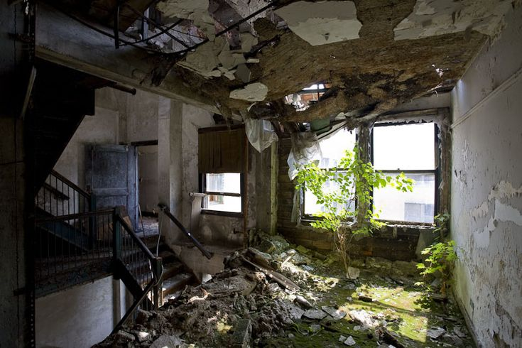 Hotel Fort Wayne / American Hotel, closed in the 1990s ...