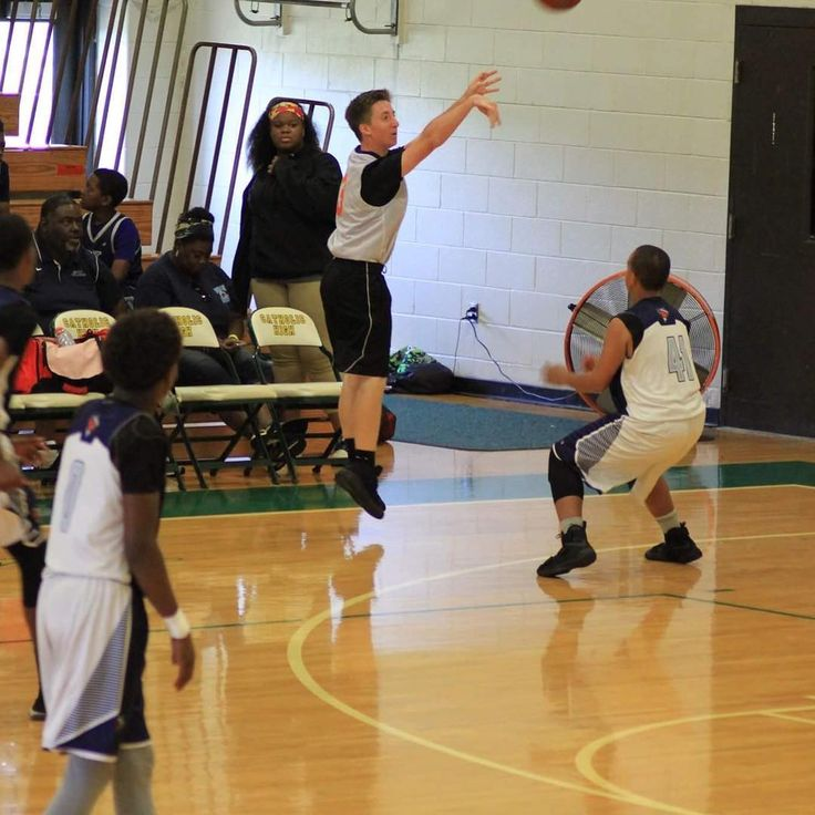 #basketball #aau #highschool #sports  #currituck #warriors #student #athlete #summer #ball http://butimag.com/ipost/1554784763457148223/?code=BWTtIE4DZU_