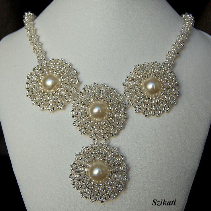 Szikati oldala: Menyasszonyi kollekció