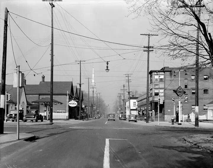 Kent at Sommerset Streets facing North ... Ottawa, Ontario, Canada