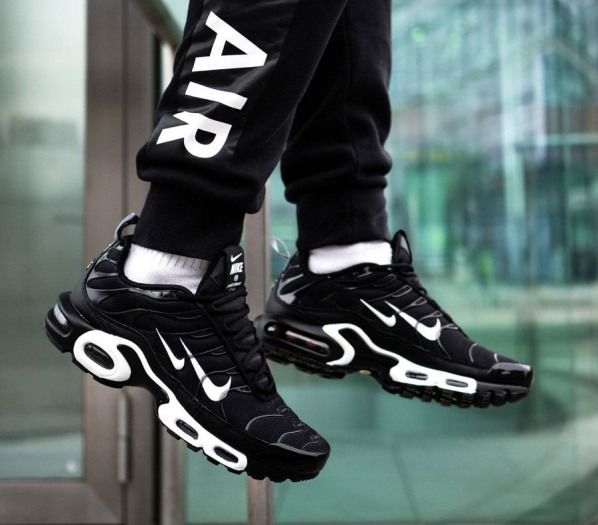 Nike Air Max Plus TN noire Black White Double Swoosh (4 ...