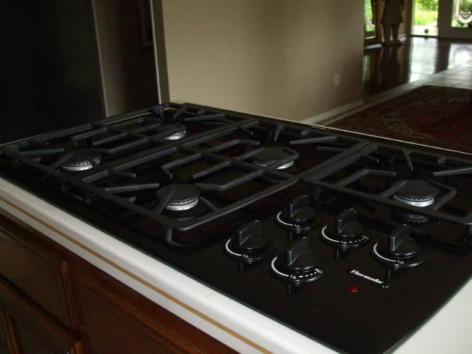 Countertop Gas Stove And Oven : ... about Kitchen Designs on Pinterest Stove, Modern kitchens and Ranges