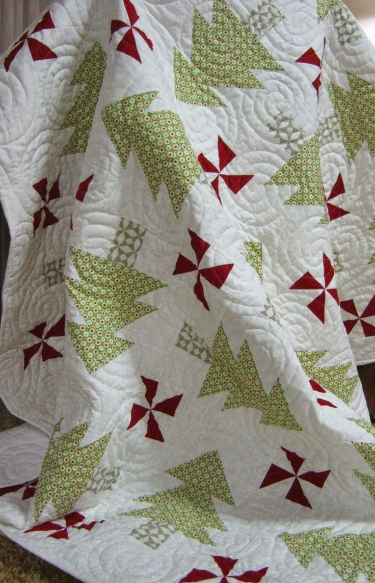 Christmas tree pinwheel quilt
