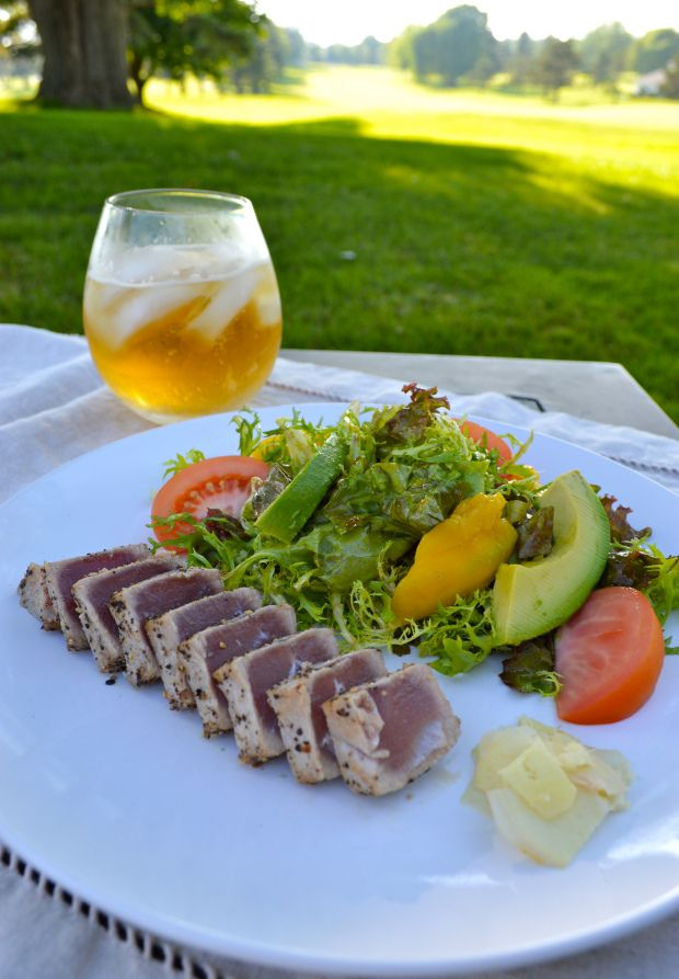 Copycat recipe for Houston's Seared Ahi Tuna Mango and Avocado salad w/ cilantro-lime vinaigrette.