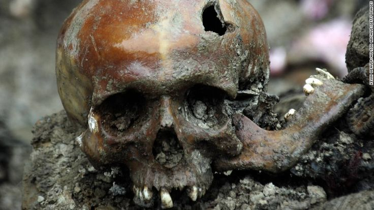 Srebrenica massacre: A gruesome point in history, 20 years on - CNN #Srebrenica, #Massacre, #World
