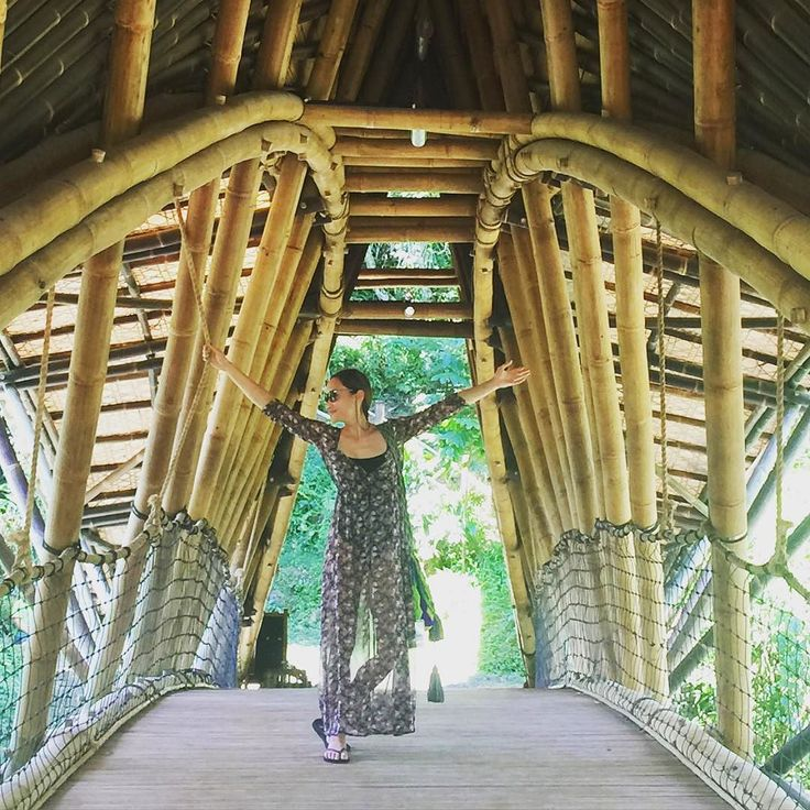 Visiting the Green School Bali: a holistic community  #bali #greenschool #bamboo #sustainability #holistic #community #children #future #organic #johnhardy #tedtalks Re-post by Hold With Hope