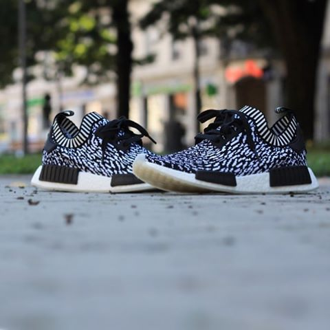 new concept 58de2 ae865 ... 94a1812b5750 Adidas NMD R1 PK Zebra Pack BY3013 Size 40-45 Retail Price  180€ ...