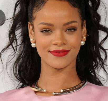 Rihanna Height, Weight, Age, Bra Size, Shoe Size, Net worth, Biography. Rihanna Date of Birth, Body Measurements, Net worth, Family Photos, Boyfriends