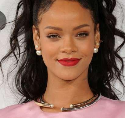 Rihanna Height, Weight, Age, Bra Size, Shoe Size, Net worth, Biography. Rihanna Date of Birth, Body Measurements, Net worth, Family Photos, Boyfriends