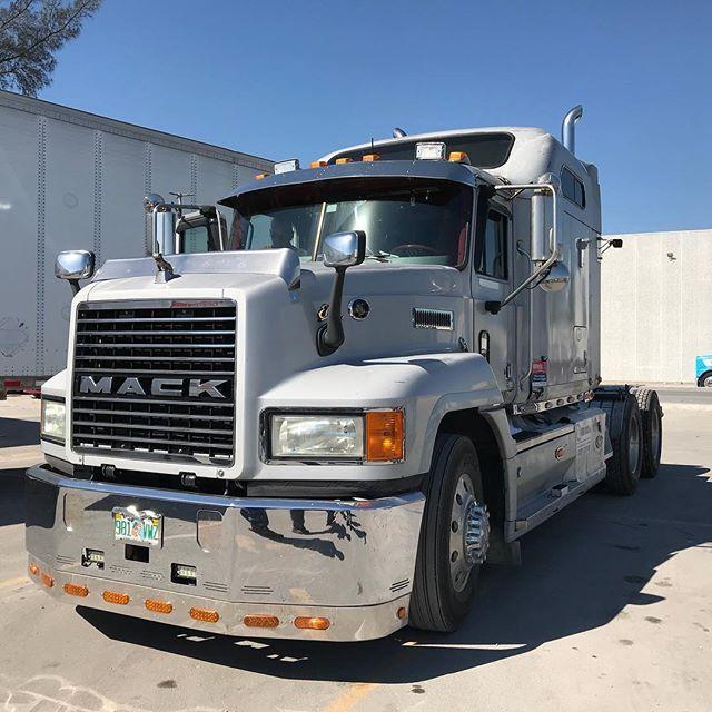 Mack Truck Ch613 Chrome Bumper Miamistar Truckparts