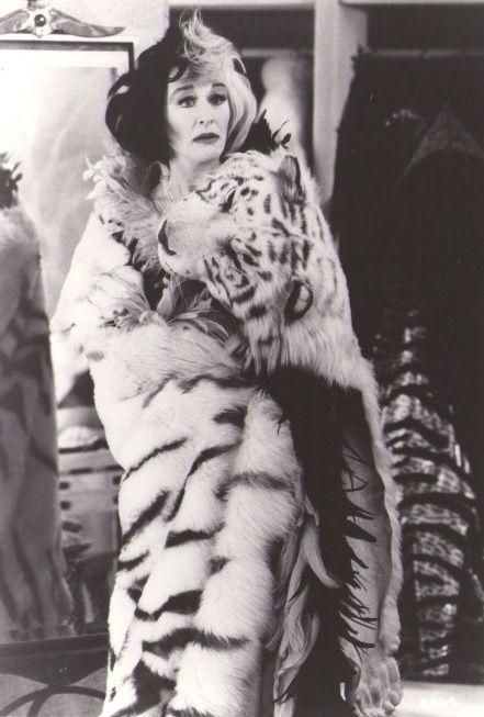 Cruella De Vil Glenn Close   Glenn Close as Cruella De Vil De Vil