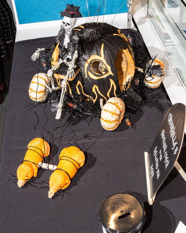 2nd Place Winner: Congratulations to Page Southerland Page for their carving of Cinderella's Ghoulish Coach! #poshpumkindc #allsteel #oeii #pagesoutherlandpage #officefurniture
