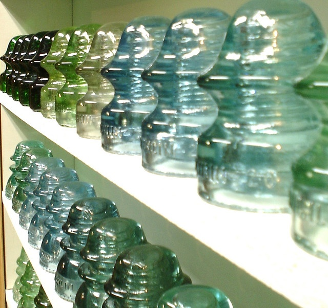 62 best images about vintage insulators on pinterest for Glass conductors