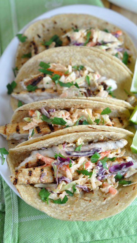 GRILLED FISH TACOS WITH CHILI LIME SLAW. Click through for more easy summer dishes you and your family will love.