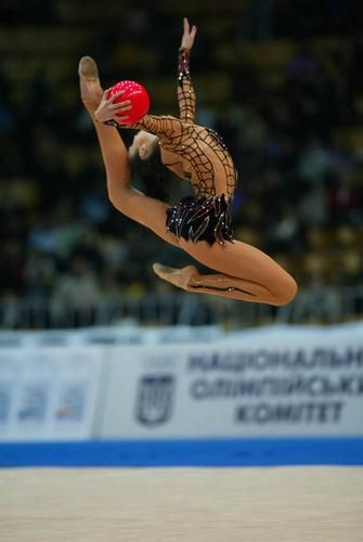 Anna Bessonova - Pelota - wish i could do this