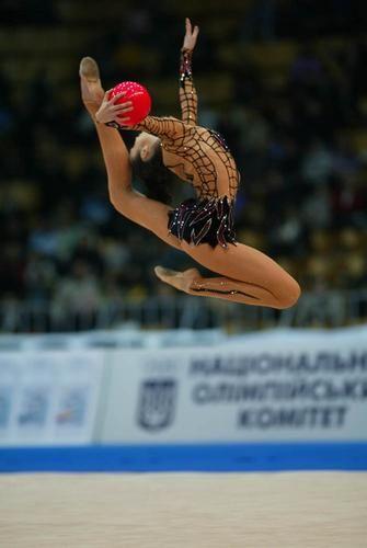Anna Bessonova - Pelota - wish i could do this