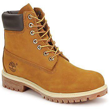 Esta es la #bota mítica de #timberland. Corte impermeable, cuero de máxima calidad, cuello relleno para garantizar la comodidad y suela antideslizante: este modelo resulta esencial para los más dinámicos. #zapatoshombre
