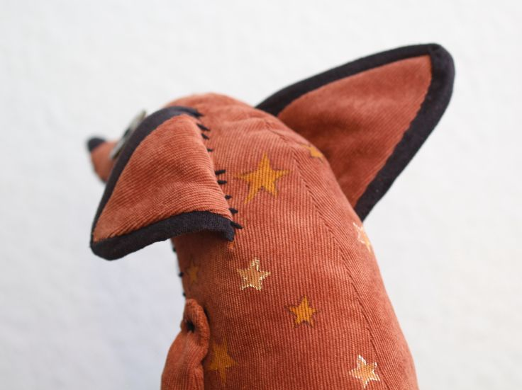 A plush I made of the fox from the Little Prince ★ He is a posable 11″ (sitting) OOAK plush with hand painted patterns and decorative…