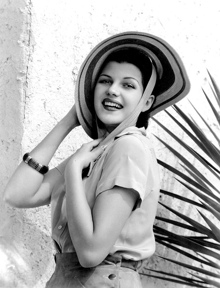 17 Best images about Rita Hayworth on Pinterest | Set of ...
