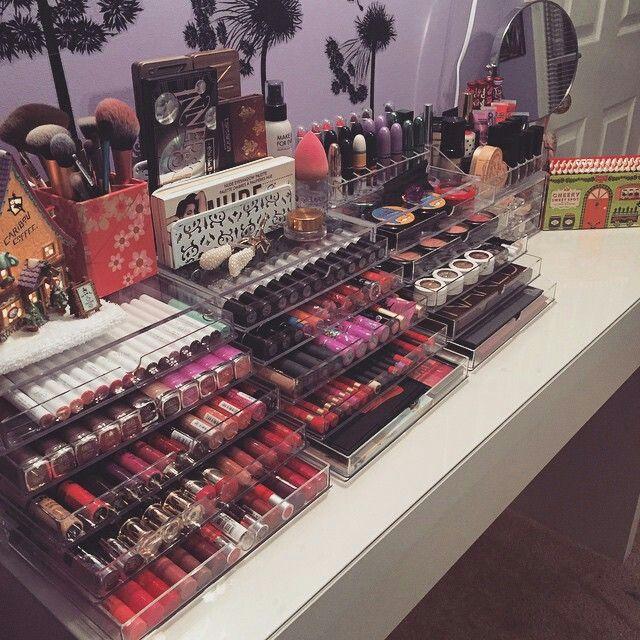 Storage makeup
