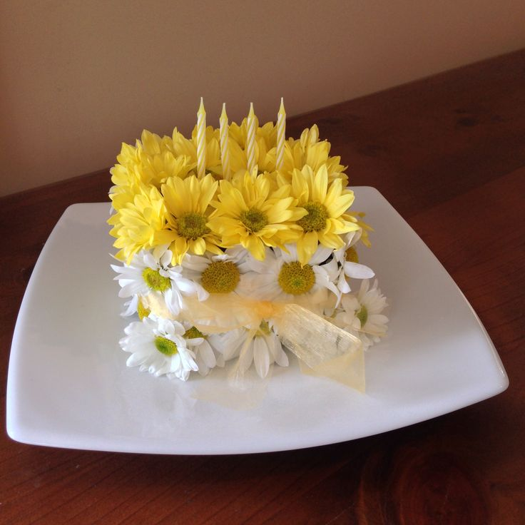 Cake made of flowers.