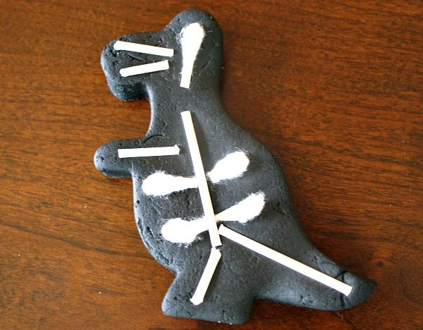 Invitation to Create Play Dough Skeletons or X-Rays