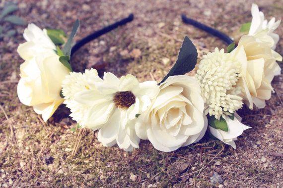 ivoor bloem kroon, huwelijk, haarband, bruids-haaraccessoires, bloemen kroon, vintage, wit, geel on Etsy, €32,47