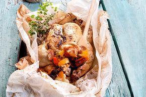 Κοτόπουλο κλέφτικο γεμιστό στη λαδόκολλα