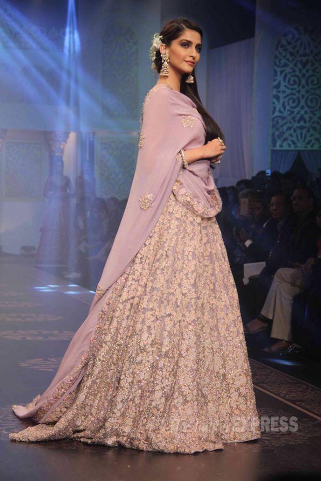 Sonam Kapoor showcased creations by designers Shyamal and Bhumika at the India International Jewellery Week 2015.