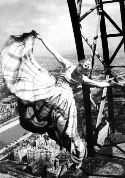Eiffel Tower Lisa Fonssagrives-Penn by Erwin Blumenfeld for Vogue, May 1939