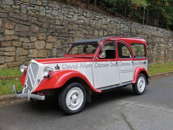 Citroën 2CV 1986 https://www.facebook.com/ChitownCits/photos/a.299423753457510.71395.299419853457900/789343444465536/?type=1