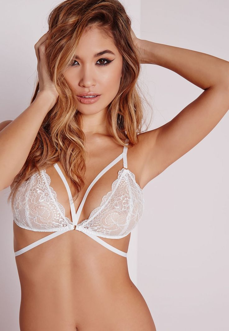 Missguided - Strappy Lace Triangle Bra White