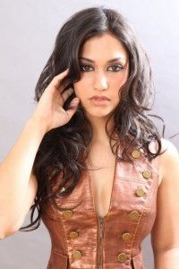 Janina Gavankar Profile, Janina Gavankar Biography, Janina Gavankar Official Facebook Fan Page, Janina Gavankar Twitter, Tumblr, Google Plus Profile, Date of Birth, full family details, Hair Color, Eye Color, Shoes Size and Boyfriends name. http://stylobook.com/