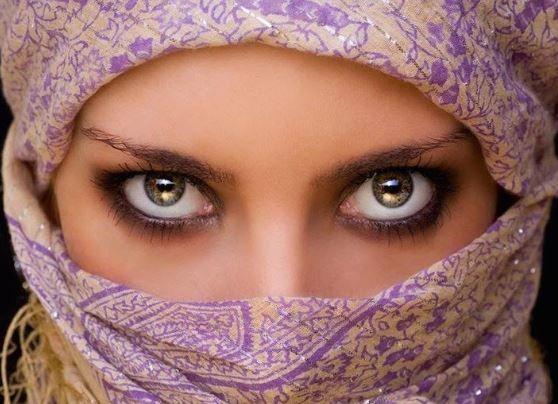 Científicos árabes aseguran que la mujer es un mamífero